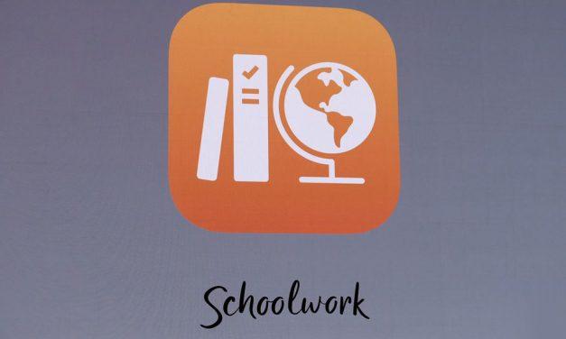 بررسی اپلیکیشن Schoolwork